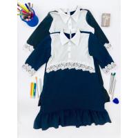 Школьное платье с белым воротником и короткими рукавами