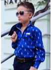 Стильная школьная рубашка с принтом на мальчика