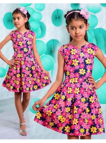 Детское джинсовое платье в цветочек