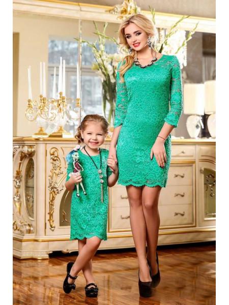 Детское кружевное платье для девочки