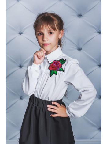 Шкільна блузка із трояндою для дівчинки