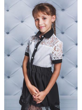 Блузка із коротким рукавом для дівчинки із гіпюром шкільна
