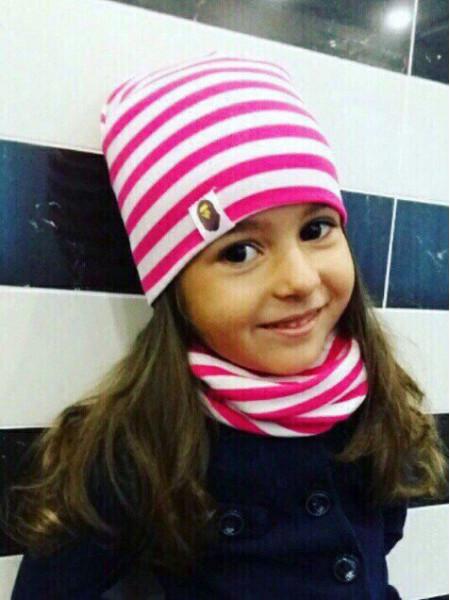 Стильный детский комплект в полоску: шапка и хомут