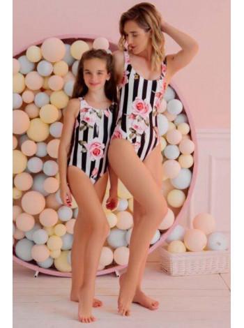 Детский слитный купальник для девочки