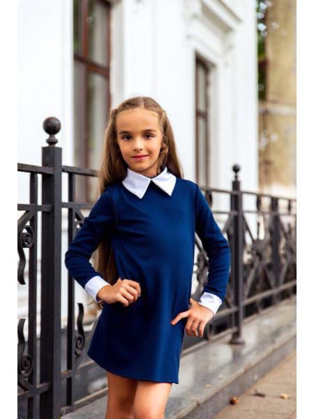Стильне шкільне плаття з білим комірцем і манжетами