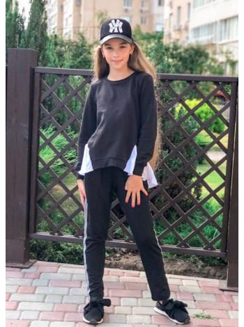 Модный детский спортивный костюм для девочки