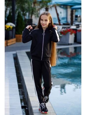 Дитячий спортивний костюм для дівчинки з трикотажу