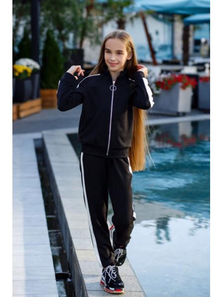 Детский спортивный костюм для девочки из трикотажа