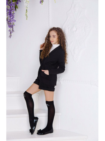 Модная школьная форма с шортами и пиджаком