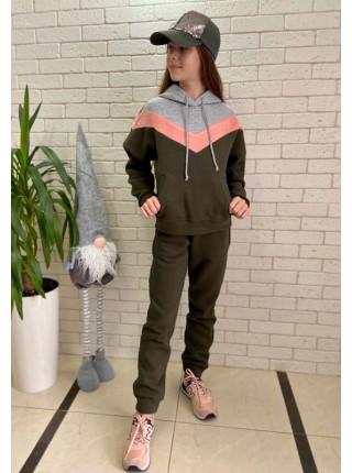 Теплый детский спортивный костюм для девочки