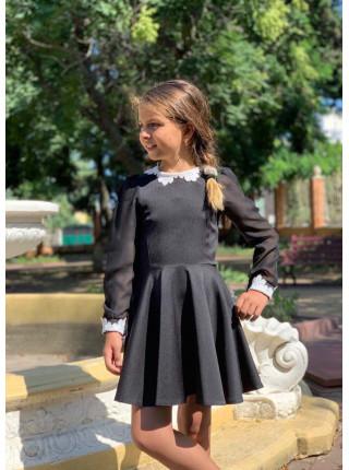 Шкільне плаття з білим коміром і манжетами