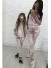 Бархатный спортивный костюм для девочки