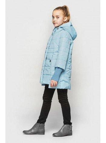 Демисезонная куртка для девочки с манжетами