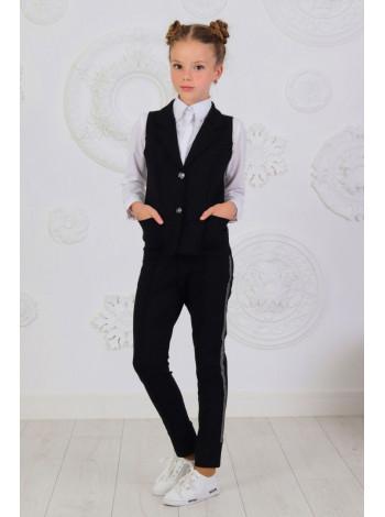 Школьный брючный костюм с жилеткой для девочки