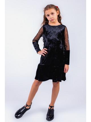 Красивое бархатное платье с воланом