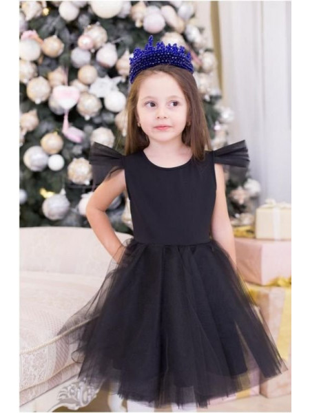 Праздничное платье с пышной юбкой из фатина
