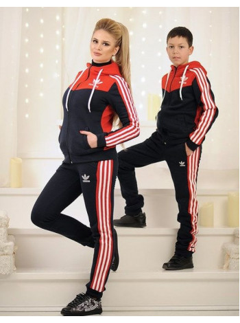 Спортивний костюм для підлітка