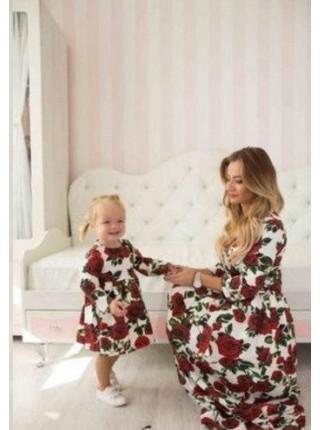 Ошатне плаття в квіти для дівчинки