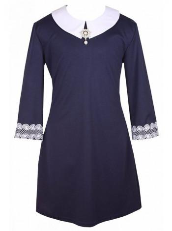 Школьное платье темно-синего цвета с брошью