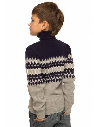 Детский свитер с геометрическим рисунком