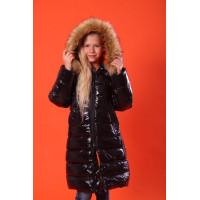 Длинная зимняя куртка с мехом на девочку