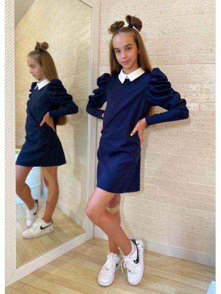 Школьное платье с белым воротником для девочки