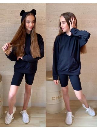 Костюм з шортами на дівчинку