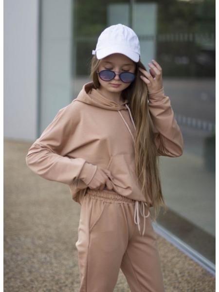 Дитячий спортивний костюм на дівчинку