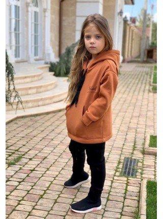 Модный спортивный костюм на девочку
