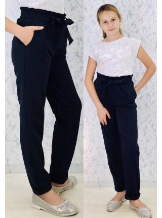Шкільні штани на дівчинку
