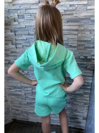 Дитячий костюм з шортами
