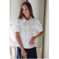 Біла шкільна блузка