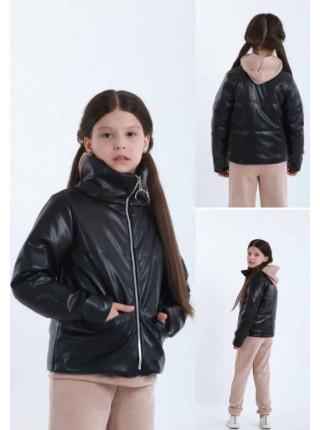 Шкіряна куртка на синтепоні для дівчинки